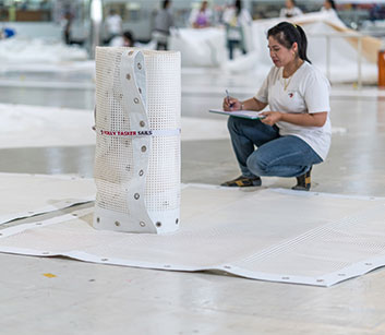 Catamaran Trampolines in der Herstellung